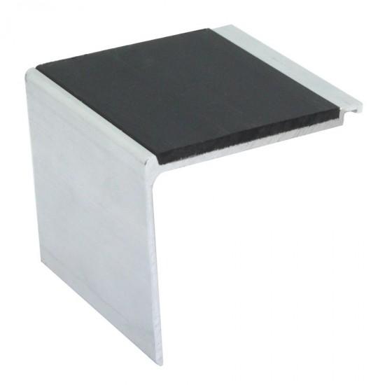 Heavy duty aluminium terminal for steps