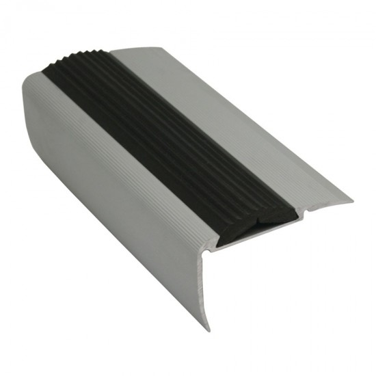 Aluminium profile with grooved insert