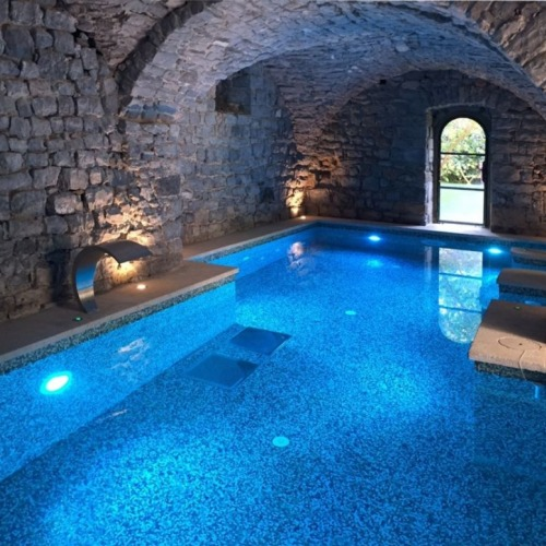 In Francia una splendida spa all'interno di un castello immerso nel verde